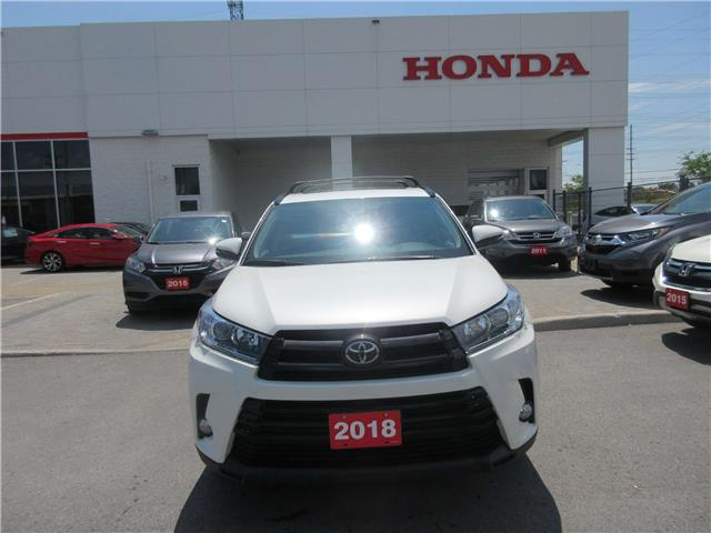 2018 Toyota Highlander XLE (Stk: 27334L) in Ottawa - Image 2 of 15