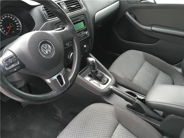 2013 Volkswagen Jetta 2.0 TDI Comfortline (Stk: 13-64433) in Barrie - Image 13 of 23