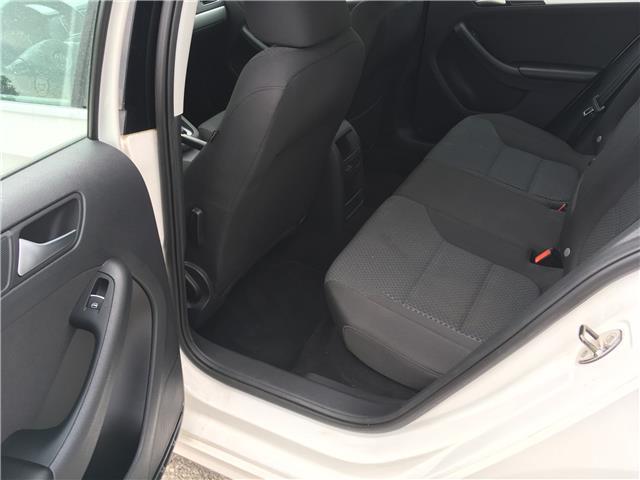 2013 Volkswagen Jetta 2.0 TDI Comfortline (Stk: 13-64433) in Barrie - Image 14 of 23