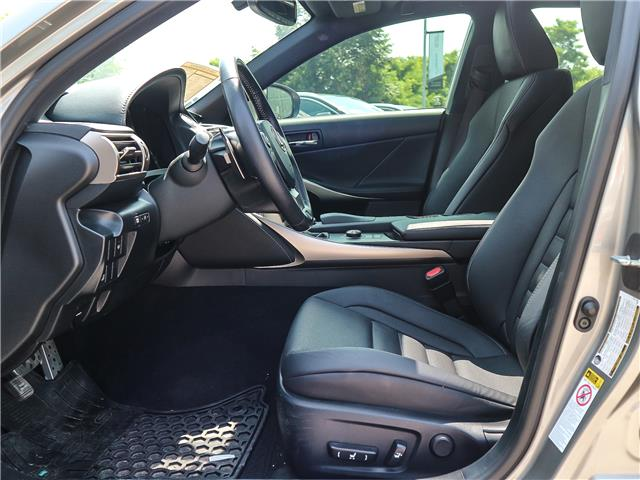 2016 Lexus IS 300 Base (Stk: 12272G) in Richmond Hill - Image 8 of 20