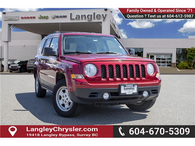 2014 Jeep Patriot Sport/North (Stk: J903902A) in Surrey - Image 1 of 24