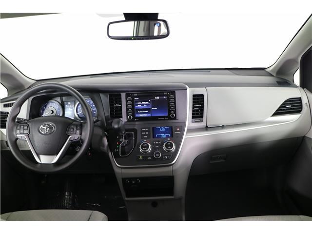 2020 Toyota Sienna LE 7-Passenger (Stk: 293403) in Markham - Image 12 of 25
