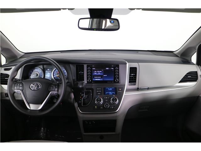 2020 Toyota Sienna LE 7-Passenger (Stk: 293403) in Markham - Image 13 of 25