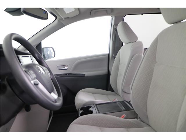 2020 Toyota Sienna LE 7-Passenger (Stk: 293403) in Markham - Image 21 of 25