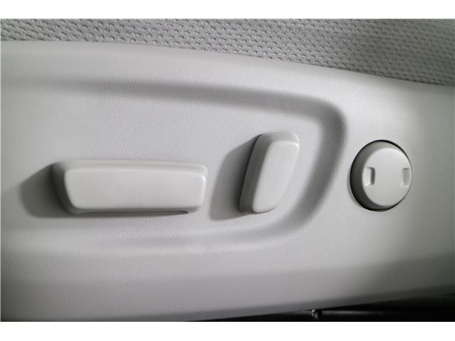 2020 Toyota Sienna LE 7-Passenger (Stk: 293403) in Markham - Image 23 of 25