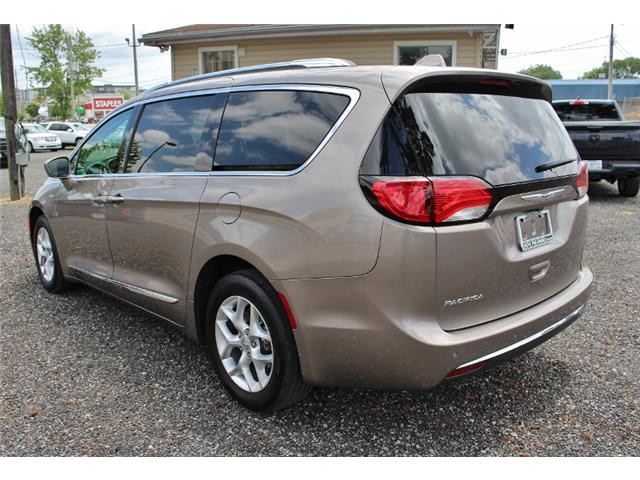 2017 Chrysler Pacifica Touring-L Plus (Stk: D0101) in Leamington - Image 5 of 30