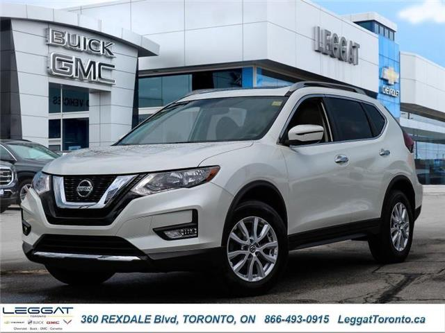 2018 Nissan Rogue SV (Stk: T11600) in Etobicoke - Image 1 of 28