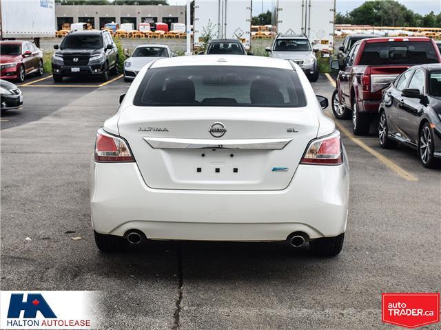 2015 Nissan Altima 2.5 SL (Stk: 310250) in Burlington - Image 5 of 21