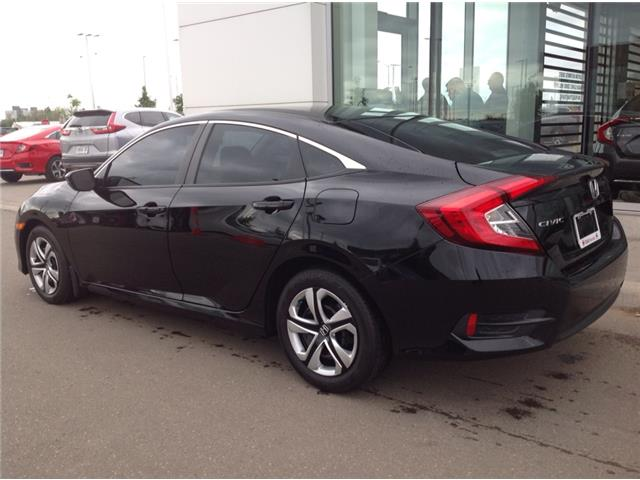 2017 Honda Civic LX (Stk: I191194A) in Mississauga - Image 2 of 12