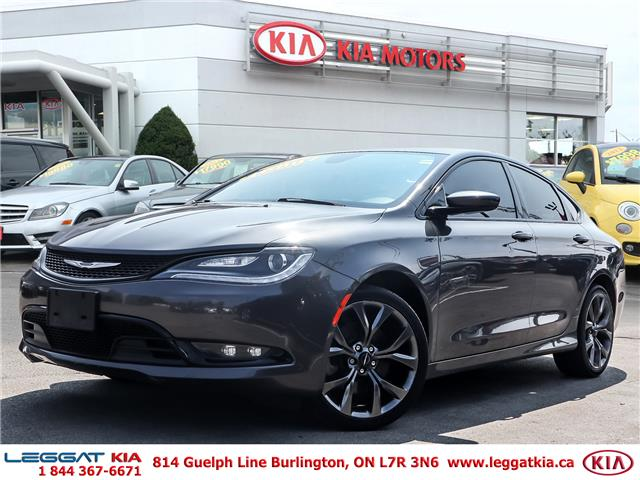 2015 Chrysler 200 S (Stk: 907106A) in Burlington - Image 1 of 23