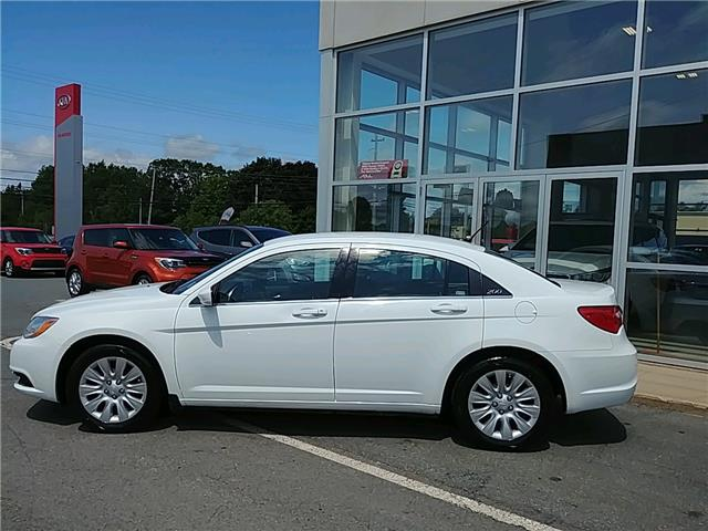 2013 Chrysler 200 LX (Stk: 20028A) in New Minas - Image 2 of 15