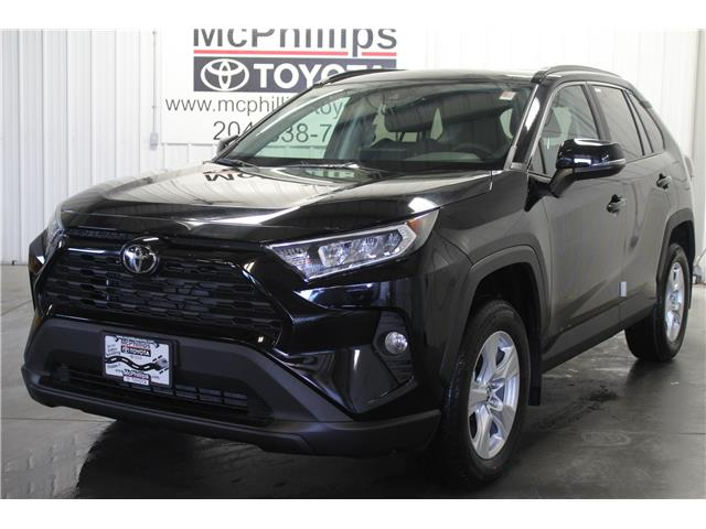 2019 Toyota RAV4 XLE (Stk: C019995) in Winnipeg - Image 1 of 24