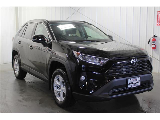 2019 Toyota RAV4 XLE (Stk: C019995) in Winnipeg - Image 4 of 24