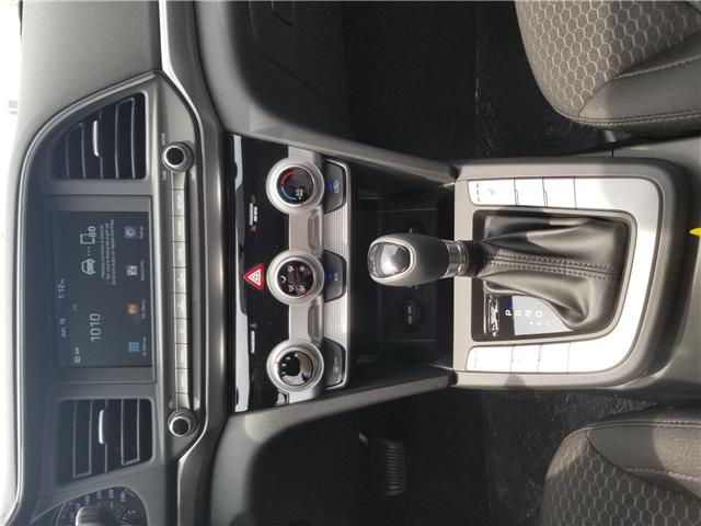 2020 Hyundai Elantra Preferred (Stk: 897350) in Milton - Image 10 of 11