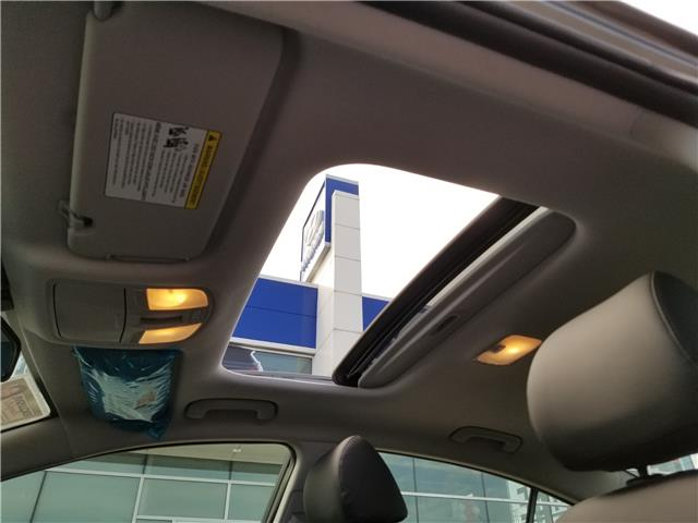 2020 Hyundai Elantra Luxury (Stk: 909733) in Milton - Image 8 of 12