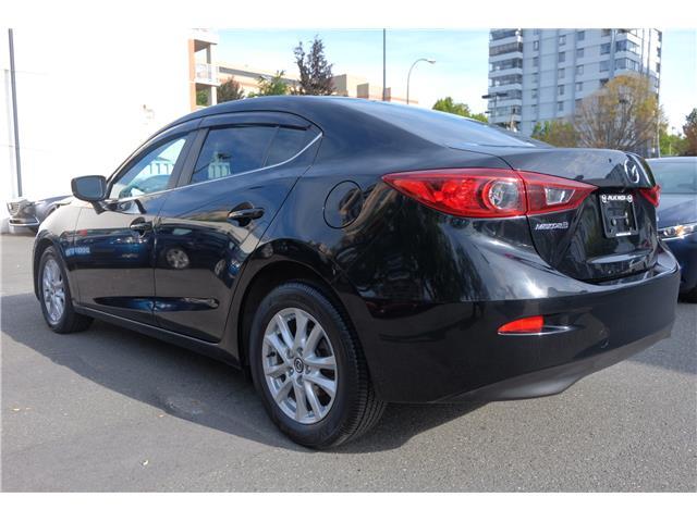 2018 Mazda Mazda3 GS (Stk: 562019A) in Victoria - Image 8 of 19