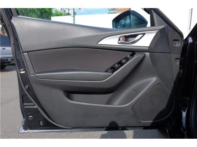 2018 Mazda Mazda3 GS (Stk: 562019A) in Victoria - Image 11 of 19