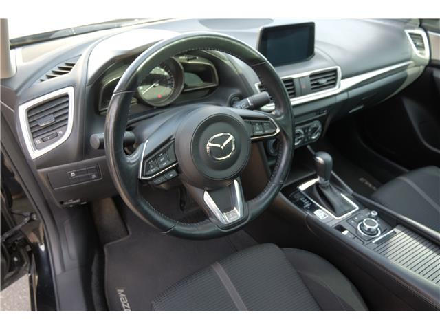 2018 Mazda Mazda3 GS (Stk: 562019A) in Victoria - Image 13 of 19