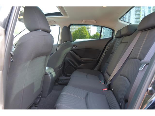 2018 Mazda Mazda3 GS (Stk: 562019A) in Victoria - Image 15 of 19