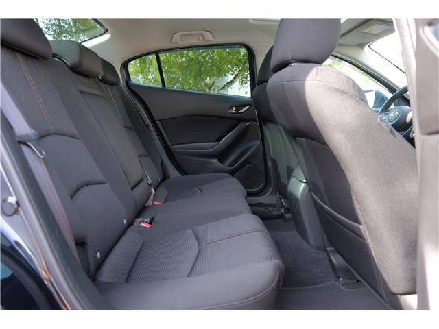 2018 Mazda Mazda3 GS (Stk: 562019A) in Victoria - Image 17 of 19