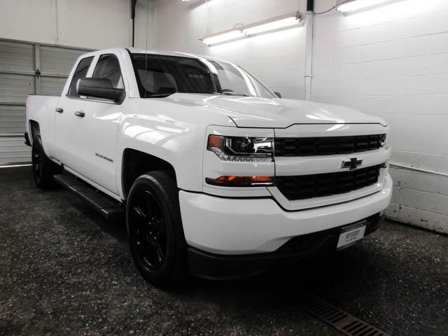 2017 Chevrolet Silverado 1500 Silverado Custom (Stk: P9-58980) in Burnaby - Image 2 of 21