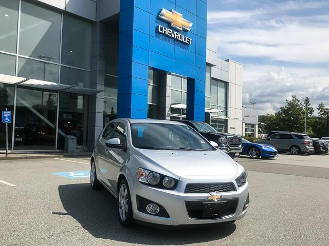 2016 Chevrolet Sonic LT Auto (Stk: 972600) in North Vancouver - Image 2 of 26