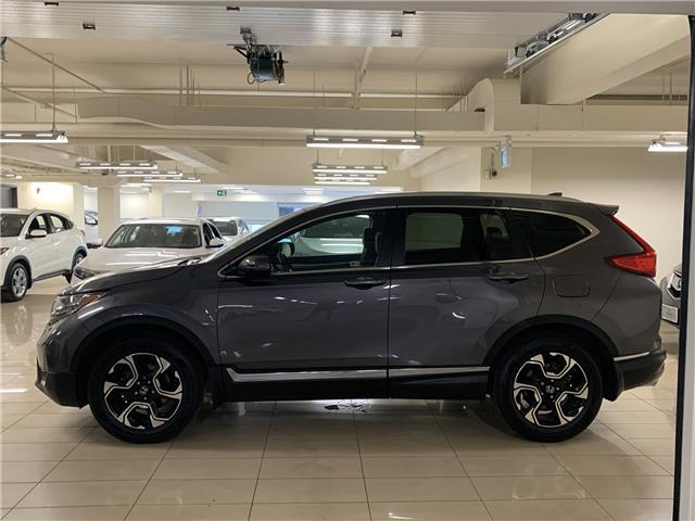 2017 Honda CR-V Touring (Stk: AP3257) in Toronto - Image 2 of 24