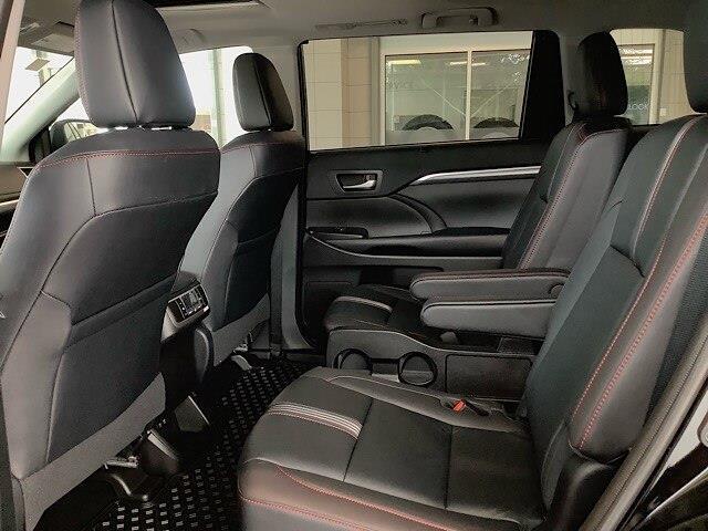 2019 Toyota Highlander XLE (Stk: 21242) in Kingston - Image 20 of 30