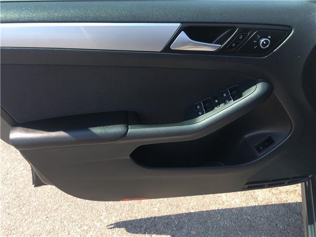 2013 Volkswagen Jetta 2.0 TDI Comfortline (Stk: 13-16071) in Brampton - Image 12 of 24