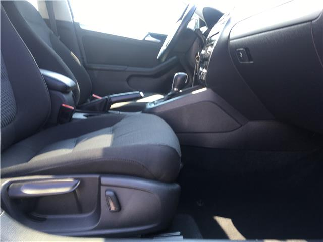 2013 Volkswagen Jetta 2.0 TDI Comfortline (Stk: 13-16071) in Brampton - Image 21 of 24