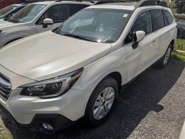2019 Subaru Outback 2.5i Touring (Stk: SK569) in Gloucester - Image 1 of 2