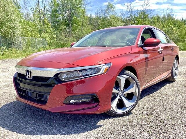2019 Honda Accord Touring 2.0T (Stk: 190932) in Orléans - Image 1 of 18