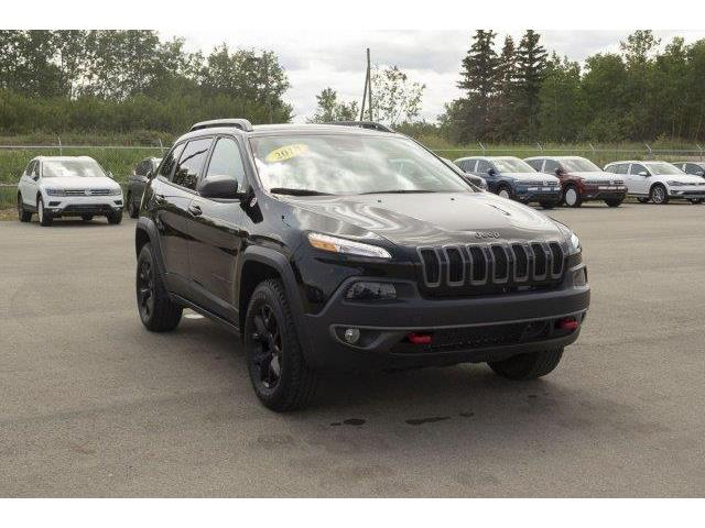 2018 Jeep Cherokee Trailhawk (Stk: V575) in Prince Albert - Image 3 of 11