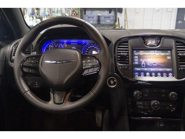 2018 Chrysler 300 S (Stk: V753) in Prince Albert - Image 10 of 11
