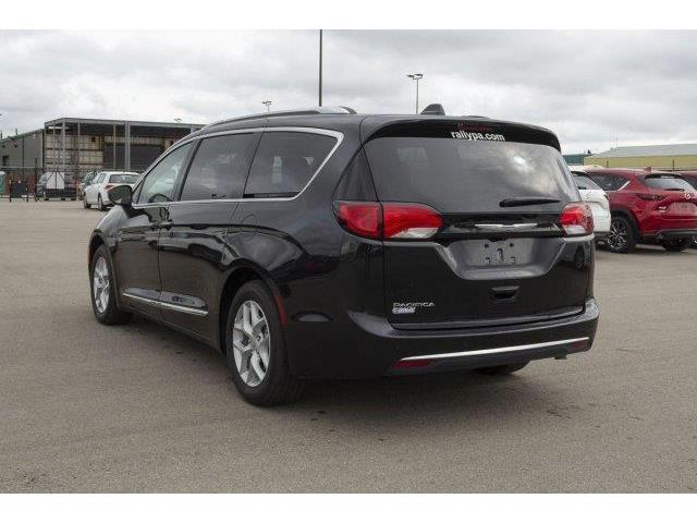 2018 Chrysler Pacifica Touring-L Plus (Stk: V904) in Prince Albert - Image 3 of 11