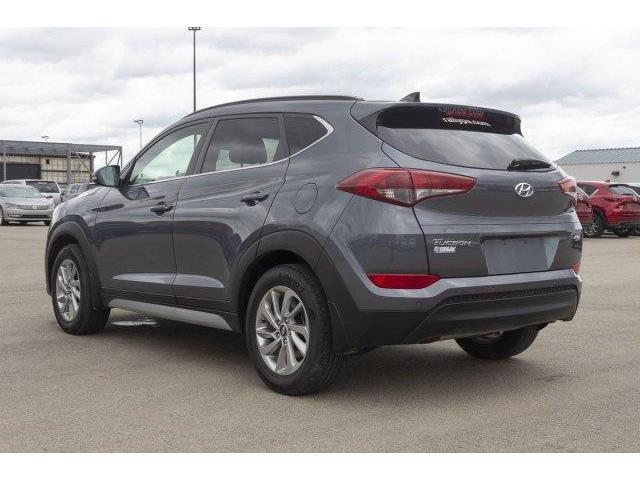 2018 Hyundai Tucson Luxury 2.0L (Stk: V925) in Prince Albert - Image 7 of 11