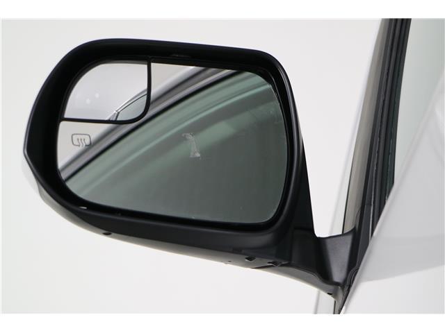 2020 Toyota Sienna LE 8-Passenger (Stk: 293204) in Markham - Image 10 of 24