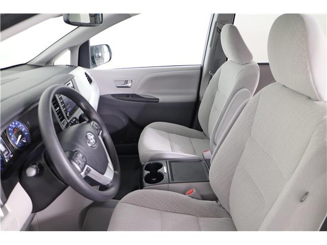 2020 Toyota Sienna LE 8-Passenger (Stk: 293204) in Markham - Image 18 of 24