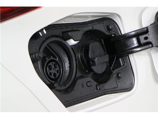 2020 Toyota Prius Prime Upgrade (Stk: 293451) in Markham - Image 12 of 26