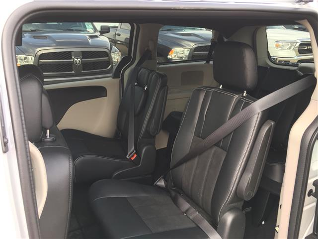 2019 Dodge Grand Caravan 29P SXT Premium Plus (Stk: 19GC8734) in Devon - Image 7 of 14