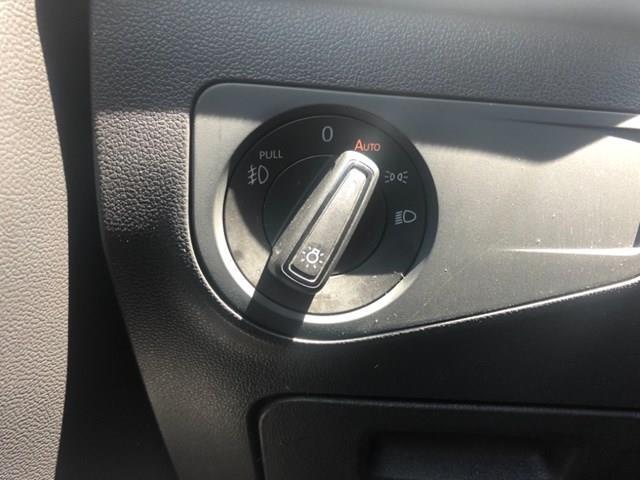 2018 Volkswagen Tiguan Trendline (Stk: MX1082) in Ottawa - Image 10 of 18