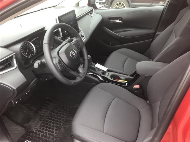 2020 Toyota Corolla LE (Stk: 200035) in Cochrane - Image 11 of 14