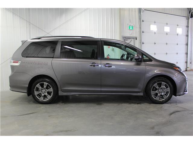 2020 Toyota Sienna SE 7-Passenger (Stk: S232688) in Winnipeg - Image 5 of 24