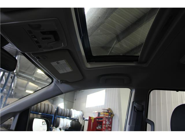 2020 Toyota Sienna SE 7-Passenger (Stk: S232688) in Winnipeg - Image 19 of 24