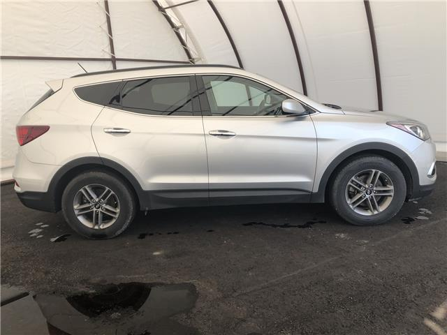 2018 Hyundai Santa Fe Sport 2.4 Base (Stk: 15176D) in Thunder Bay - Image 2 of 15