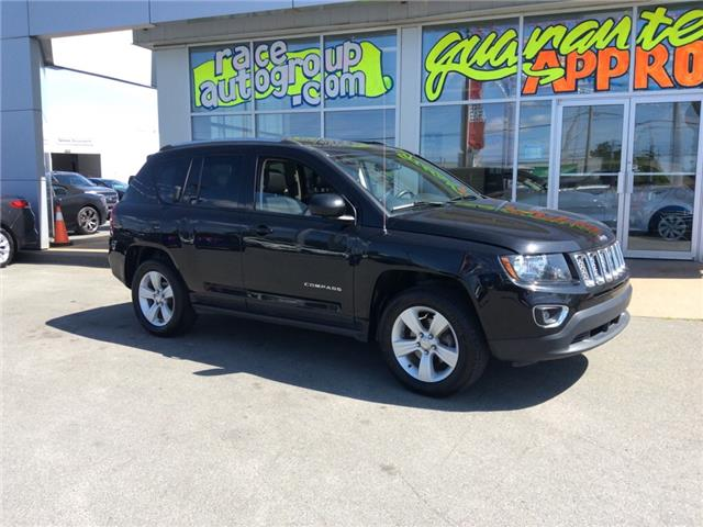 2017 Jeep Compass Sport/North (Stk: 16809) in Dartmouth - Image 2 of 21