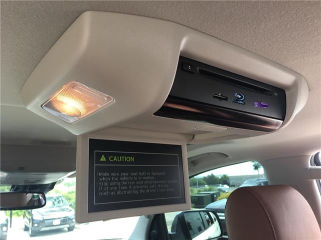 2018 Toyota Sequoia Platinum 5.7L V8 (Stk: 1744W) in Oakville - Image 18 of 30