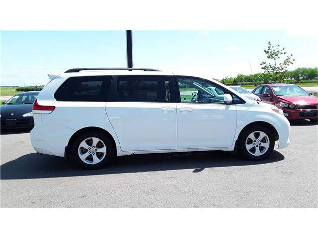 2014 Toyota Sienna LE 8 Passenger (Stk: P505) in Brandon - Image 2 of 14