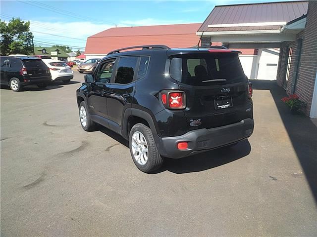 2015 Jeep Renegade North (Stk: B42217) in Truro - Image 2 of 7