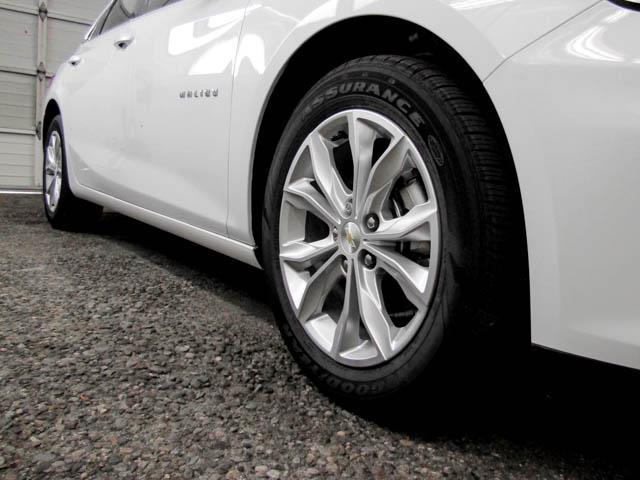 2019 Chevrolet Malibu LT (Stk: M9-61770) in Burnaby - Image 10 of 12